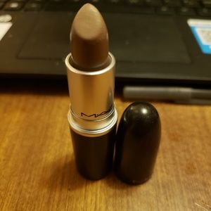 Mac Gritty girl lipstick
